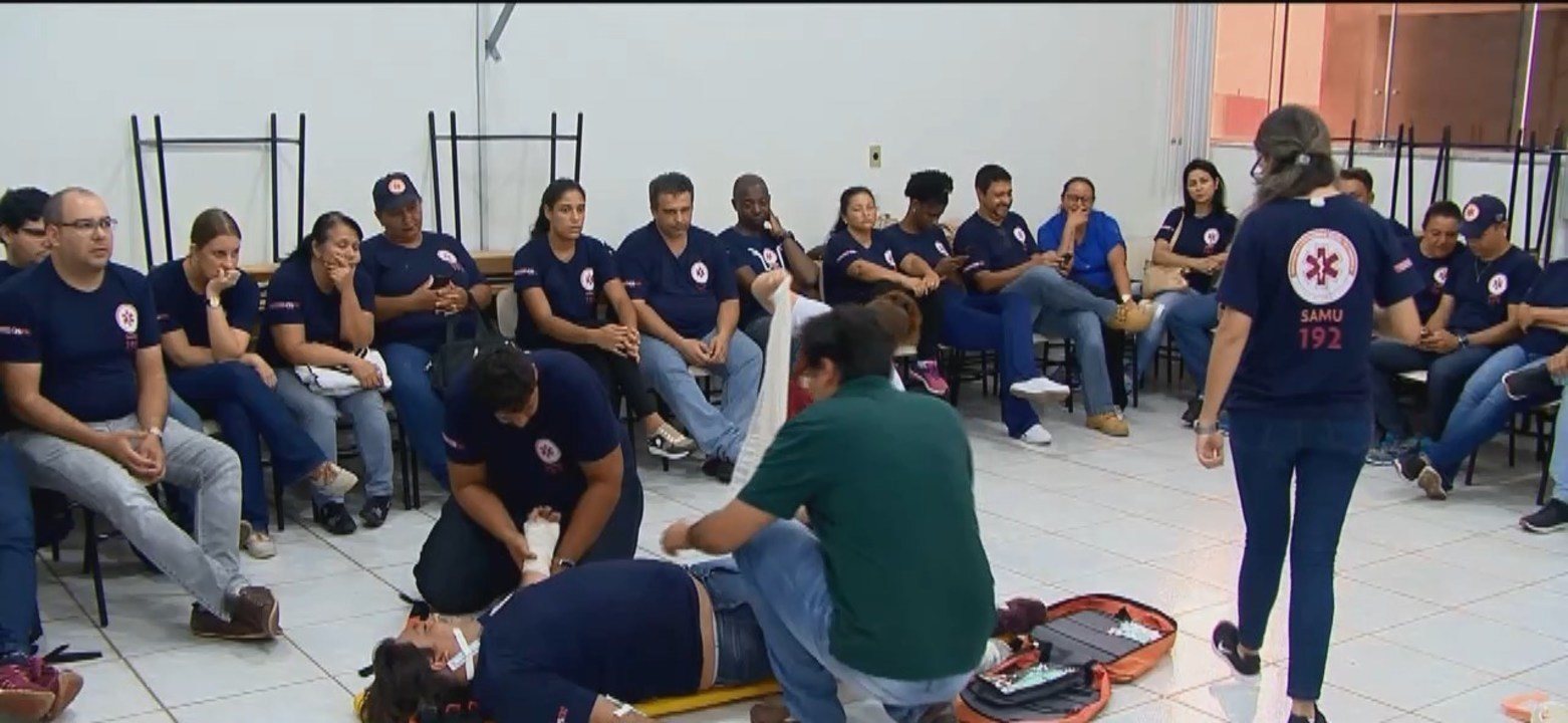 Samu realiza treinamento com profissionais em Ituiutaba