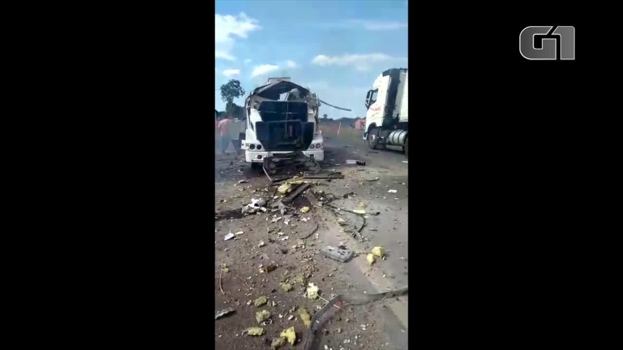 Carro-forte foi saqueado após explosão em rodovia