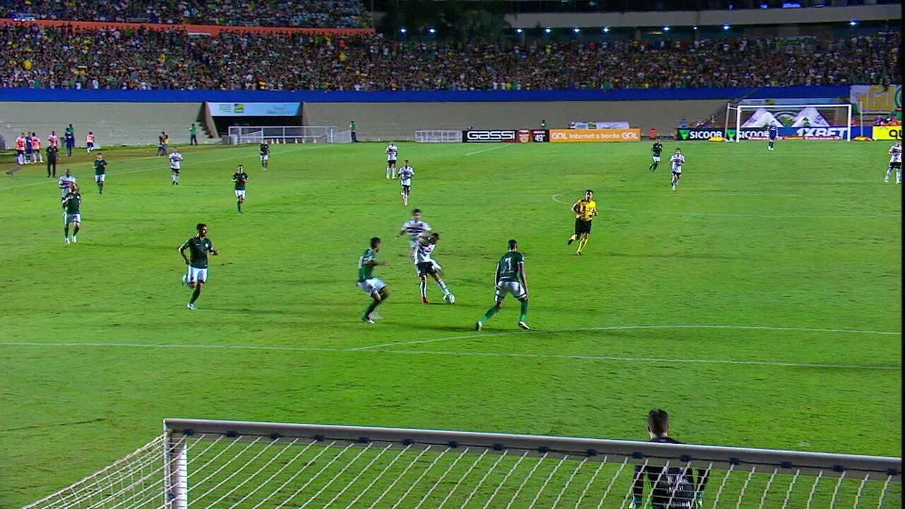 Melhores momentos: Goiás 1 x 2 São Paulo pelo Campeonato Brasileiro 2019