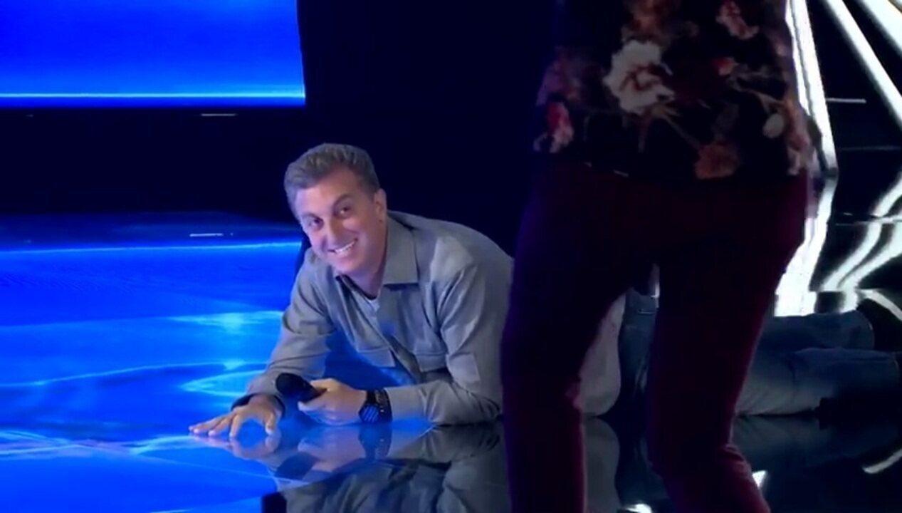 'The Wall': Luciano Huck comemora 'chuva' de bolas verdes rolando no chão; teaser