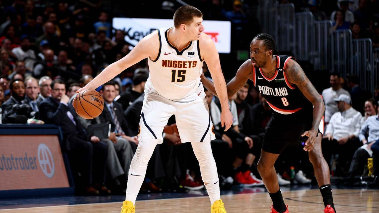 Nikola Jokic marca 25 pontos na vitória do Denver Nuggets sobre os Blazers