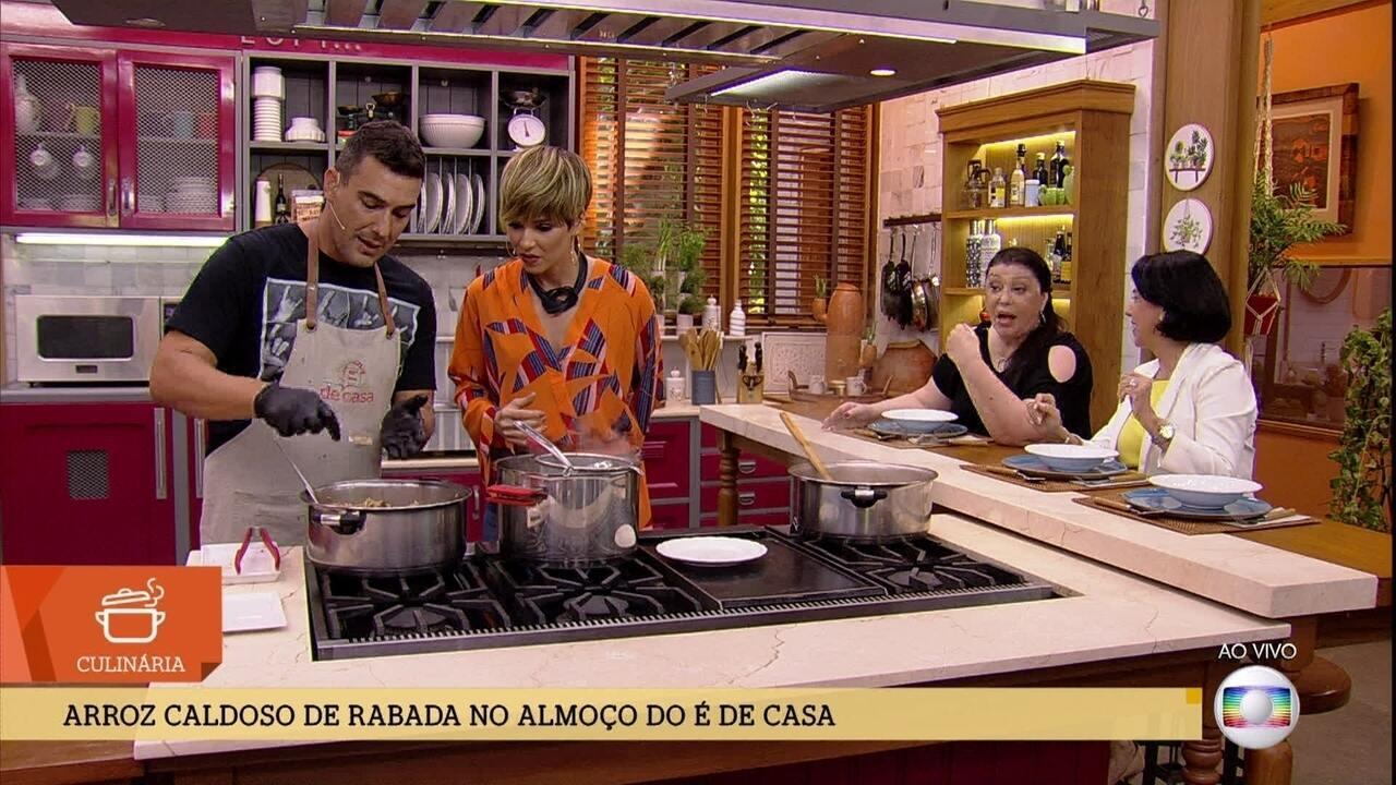 André Marques prepara um 'Arroz Caldoso com Rabada'