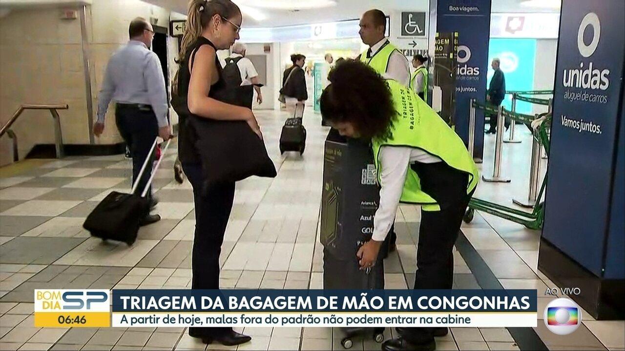 Passageiros têm que despachar bagagem de mão fora dos padrões determinados pela Anac