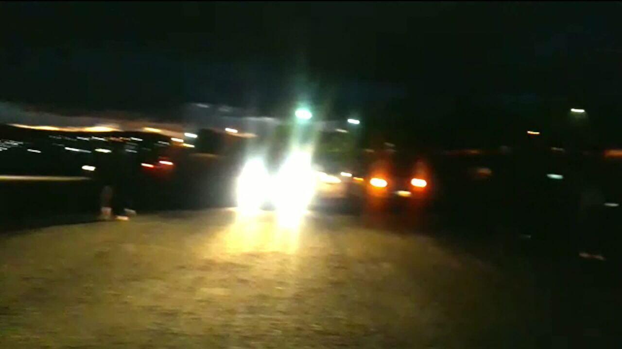 Avião de Amado Batista faz pouso em pista fora de funcionamento no sudoeste da Bahia