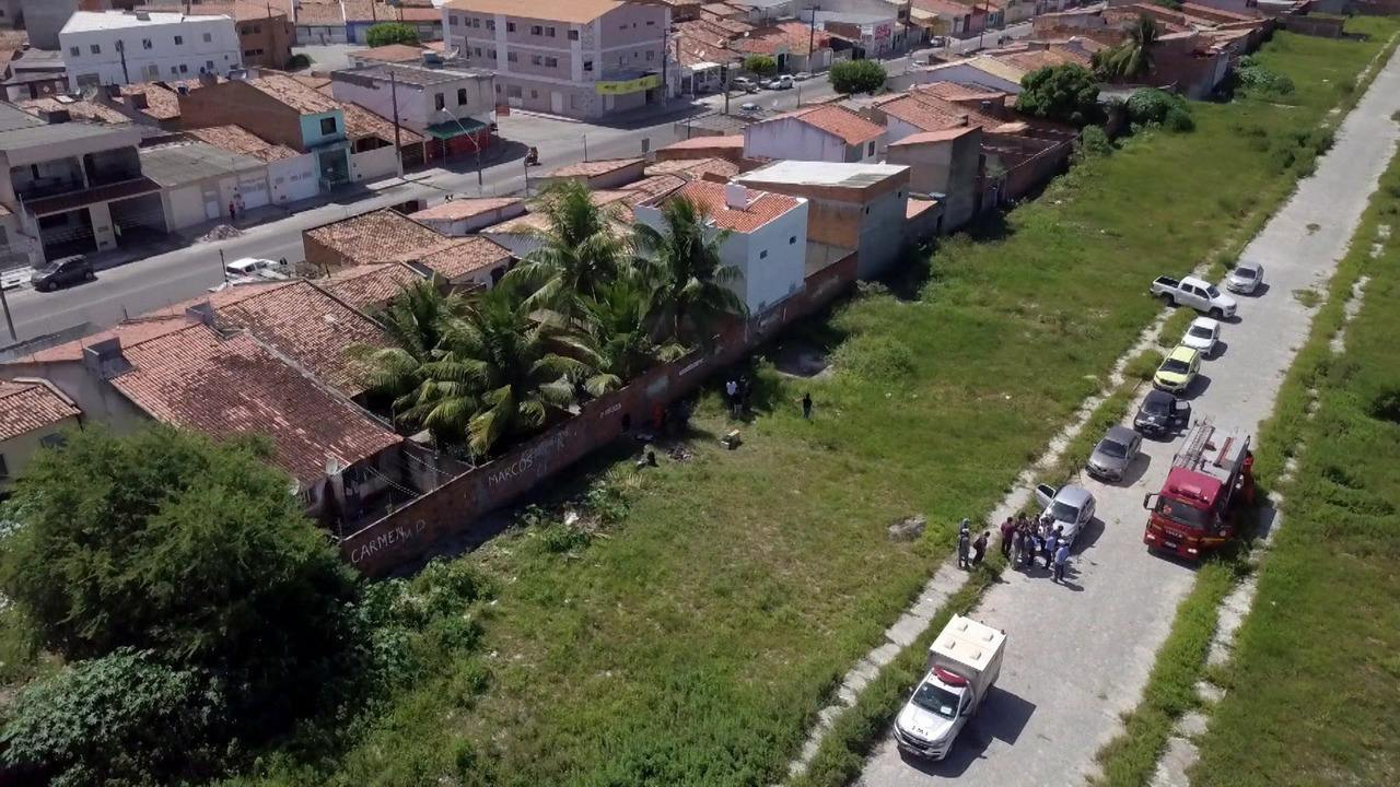 Um dos quatro corpos enterrados em terrenos por borracheiro é identificado pela Polícia