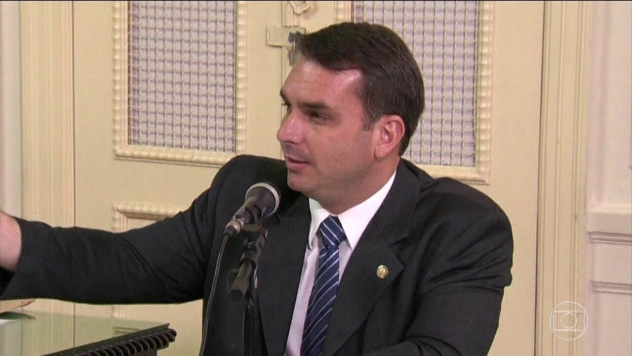 MP-RJ afirma que encontrou indícios de irregularidades no gabinete de Flávio Bolsonaro