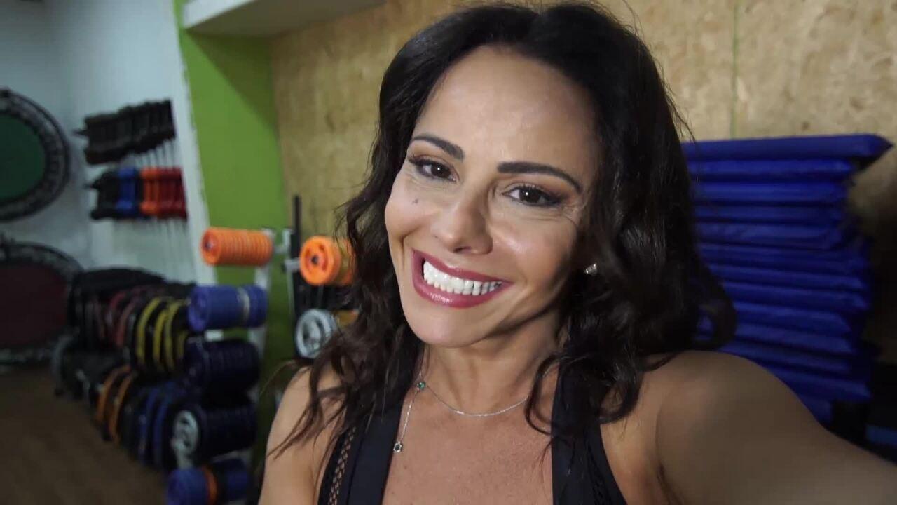 Viviane Araújo participa do quadro 'Dança de Grupo no Faustão'