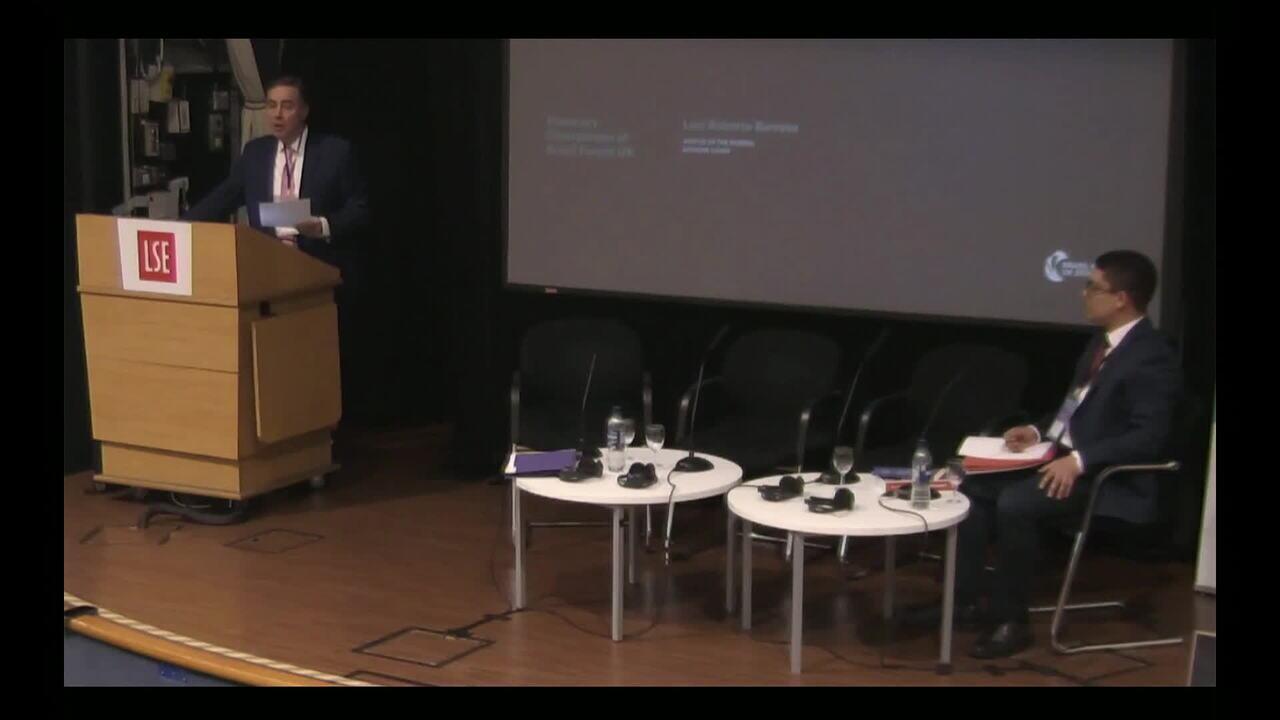 Ministro Luís Roberto Barroso defende reforma da Previdência durante fórum em Londres