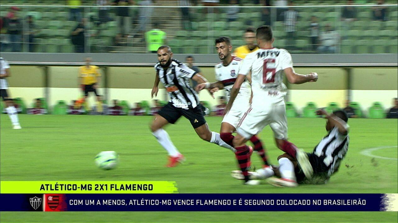 Comentaristas analisam a derrota do Flamengo para o Atlético-MG no Brasileirão