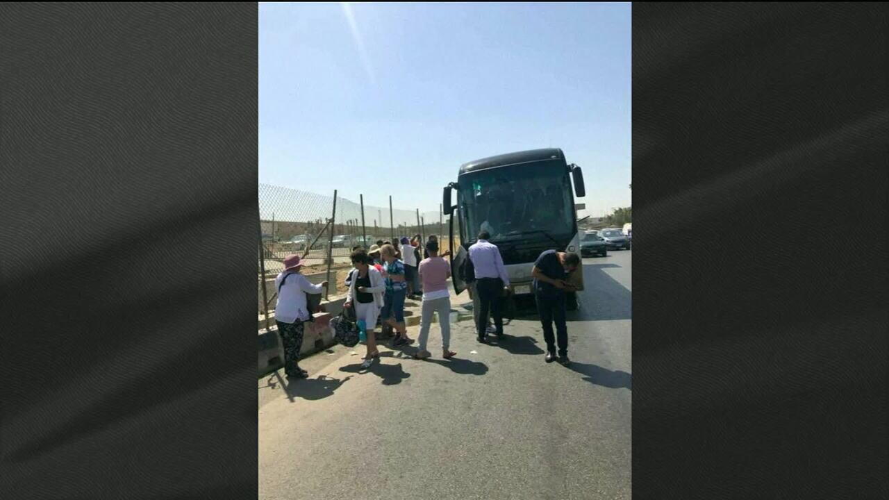 Explosão atinge ônibus no Egito e deixa 12 feridos