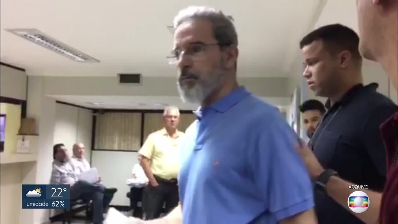 Justiça cobra multa de R$ 8 milhões do ex-senador Luiz Estevão