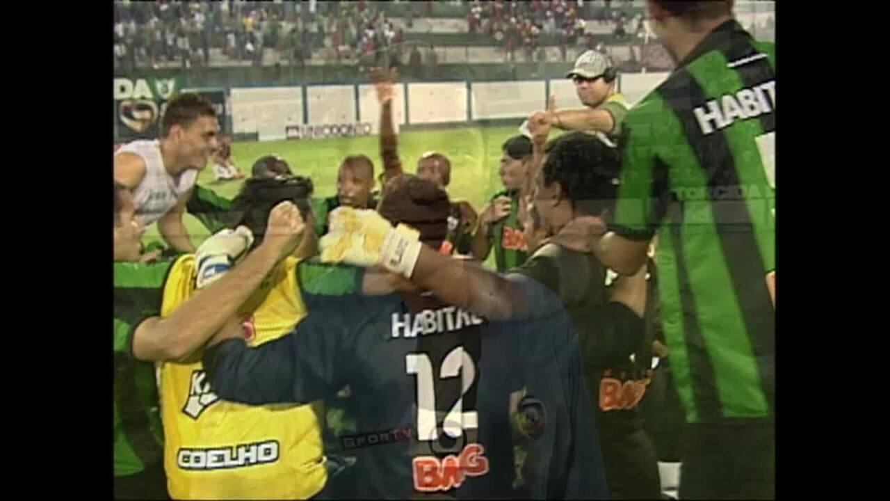 Em 2009, América-MG vence Brasil de Pelotas e retorna à Série B