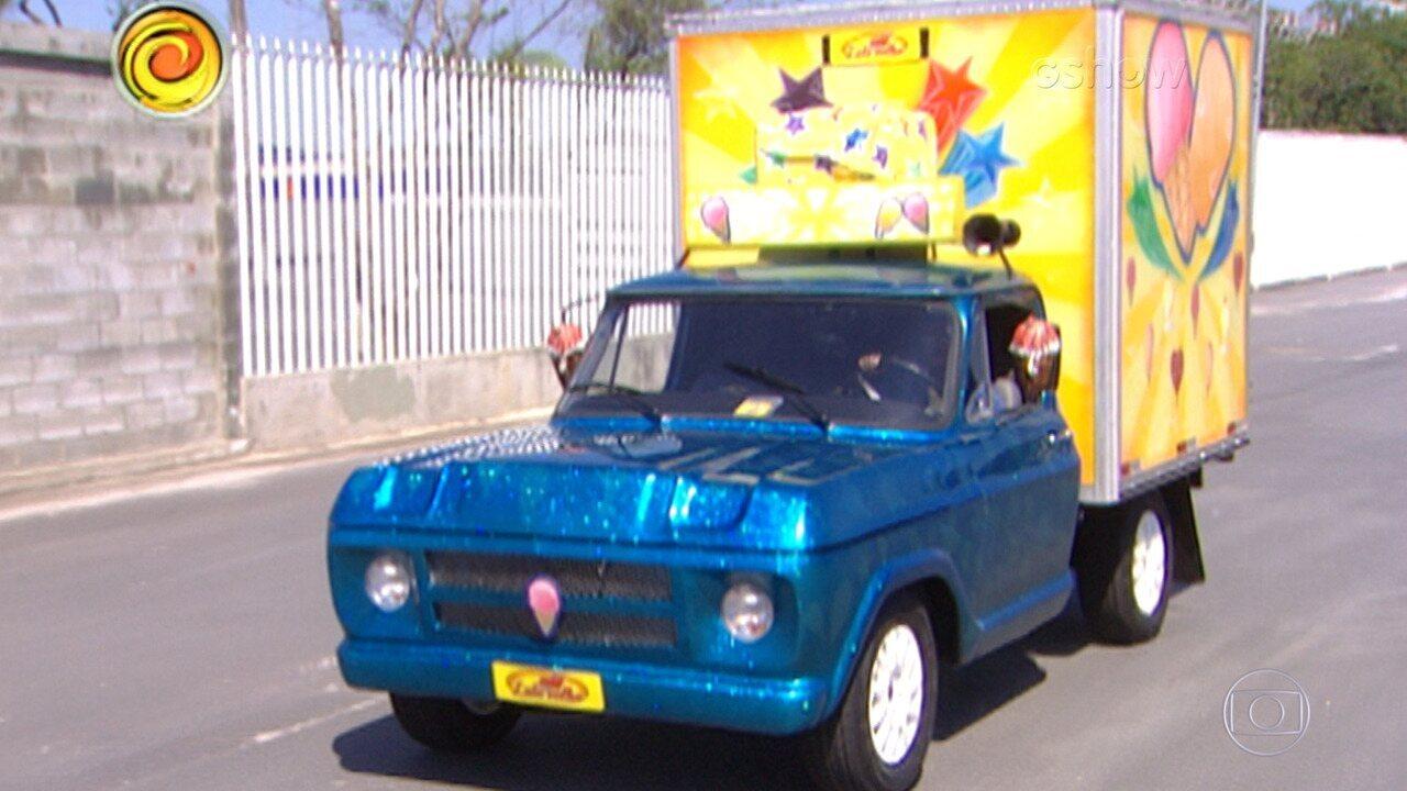 'Lata Velha' reforma caminhão de sorvete de Raimundo