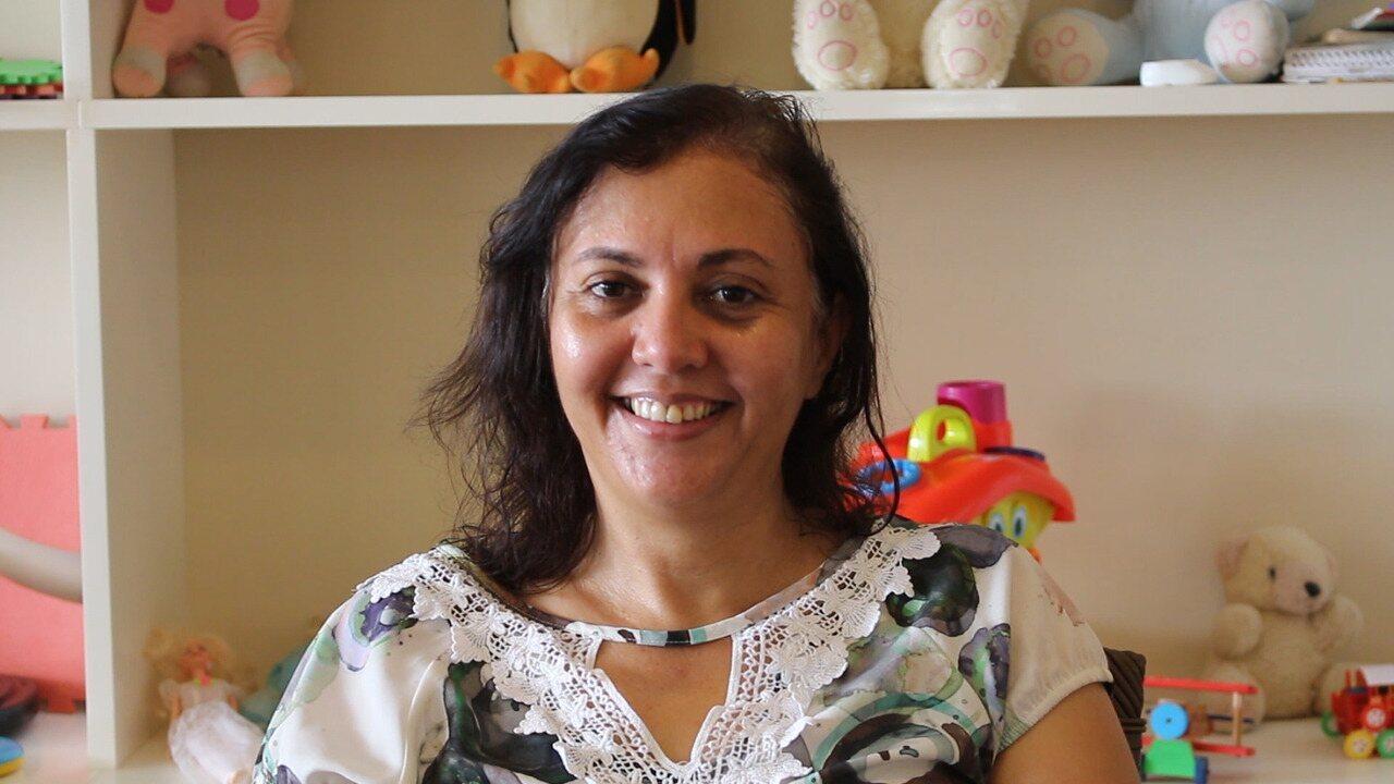 Mãe adotiva conta como foi o processo de adoção e a convivência com as crianças