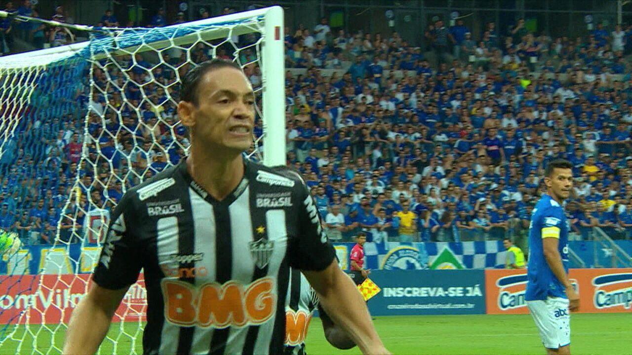 Espião Estatístico mostra números dos quatro primeiros colocados do Campeonato Brasileiro