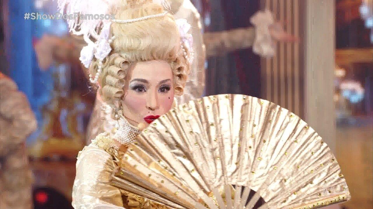 Danielle Winits homenageia Madonna no Show dos Famosos