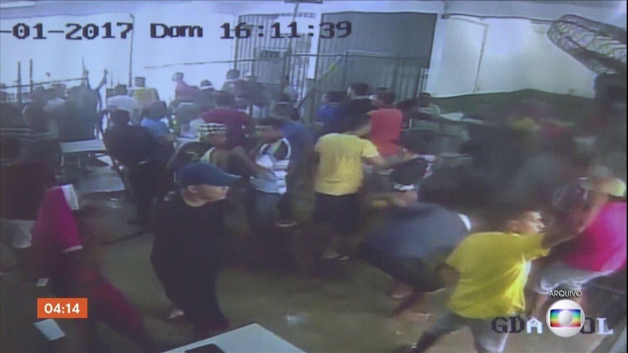 Briga em presídio de Manaus termina com 15 mortos