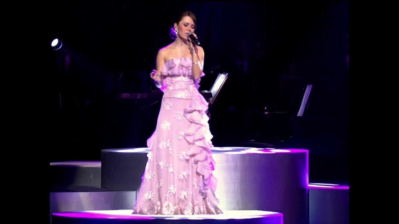 Sandy canta 'As canções que você fez pra mim'