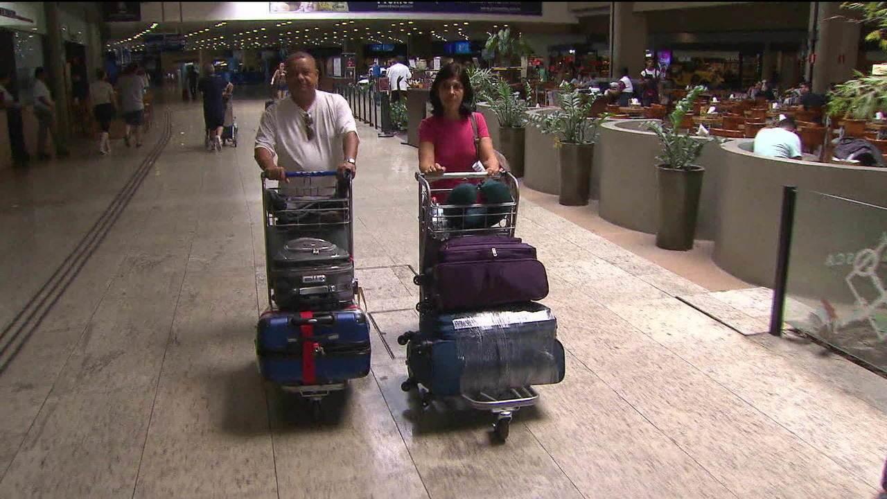 Anac recomenda que Bolsonaro vete franquia de bagagem