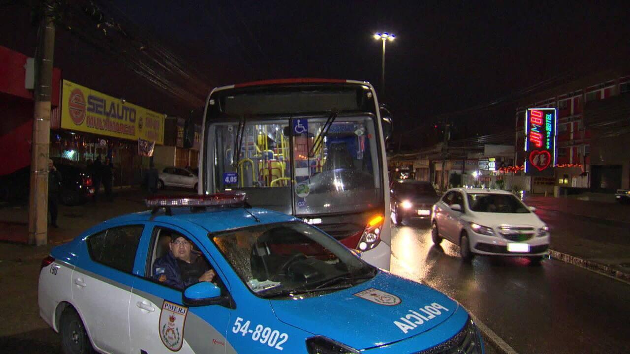 Número de assaltos a ônibus cresce 40% em quatro meses no Rio