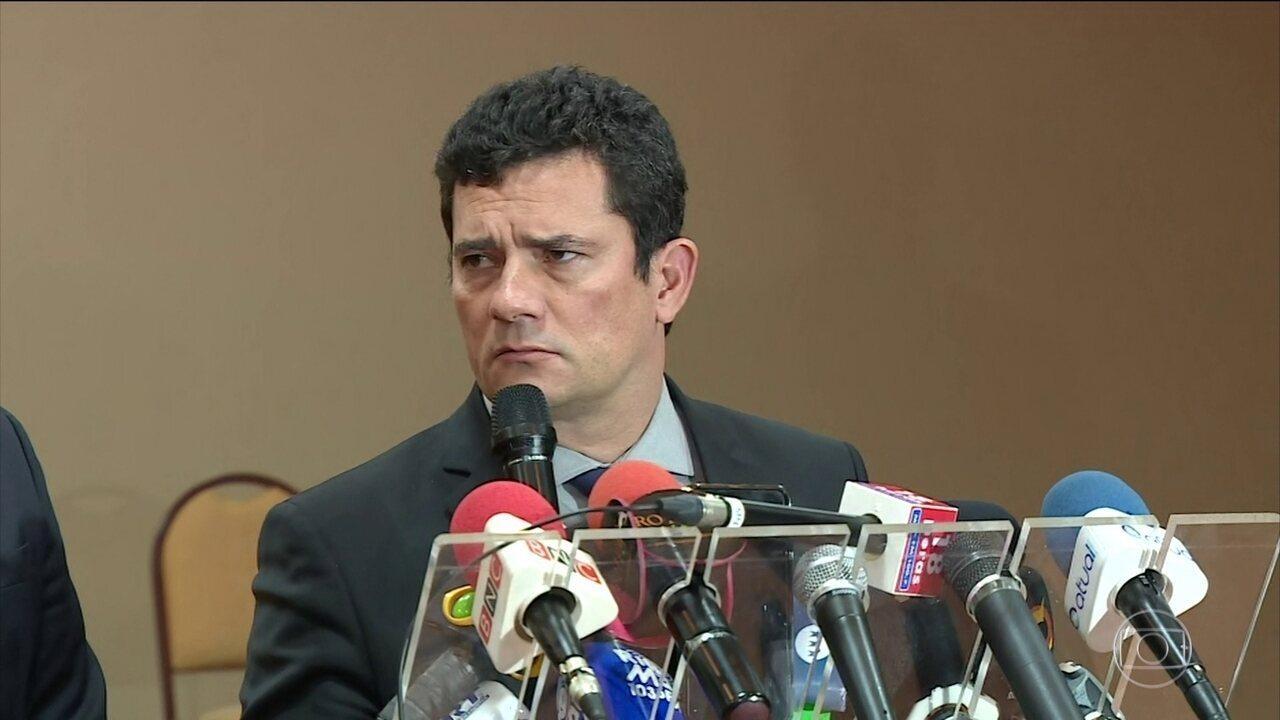 Site diz que mensagens mostram colaboração entre Moro e procurador da Lava Jato