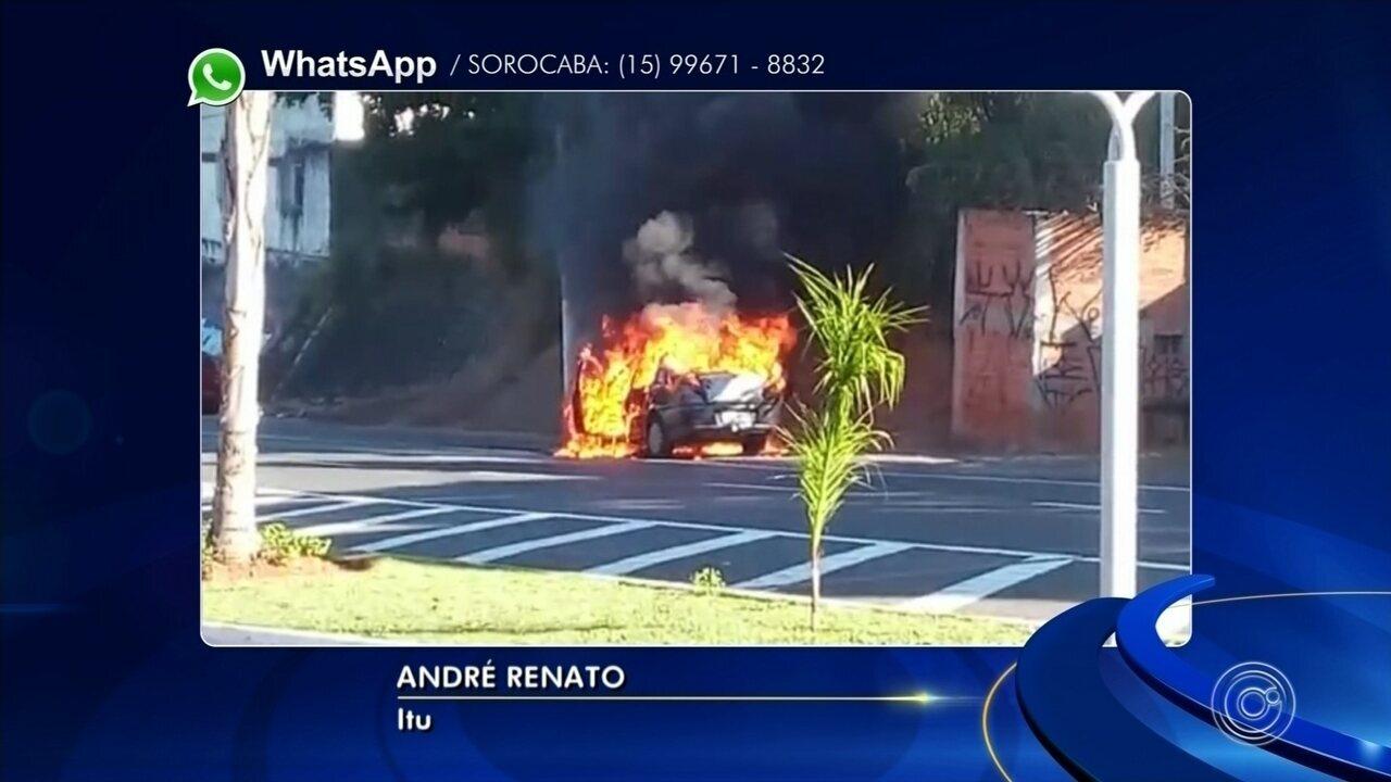 Carro pega fogo em avenida de Itu