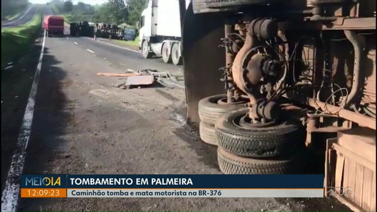 Caminhão tomba e mata motorista na BR-376, em Palmeira