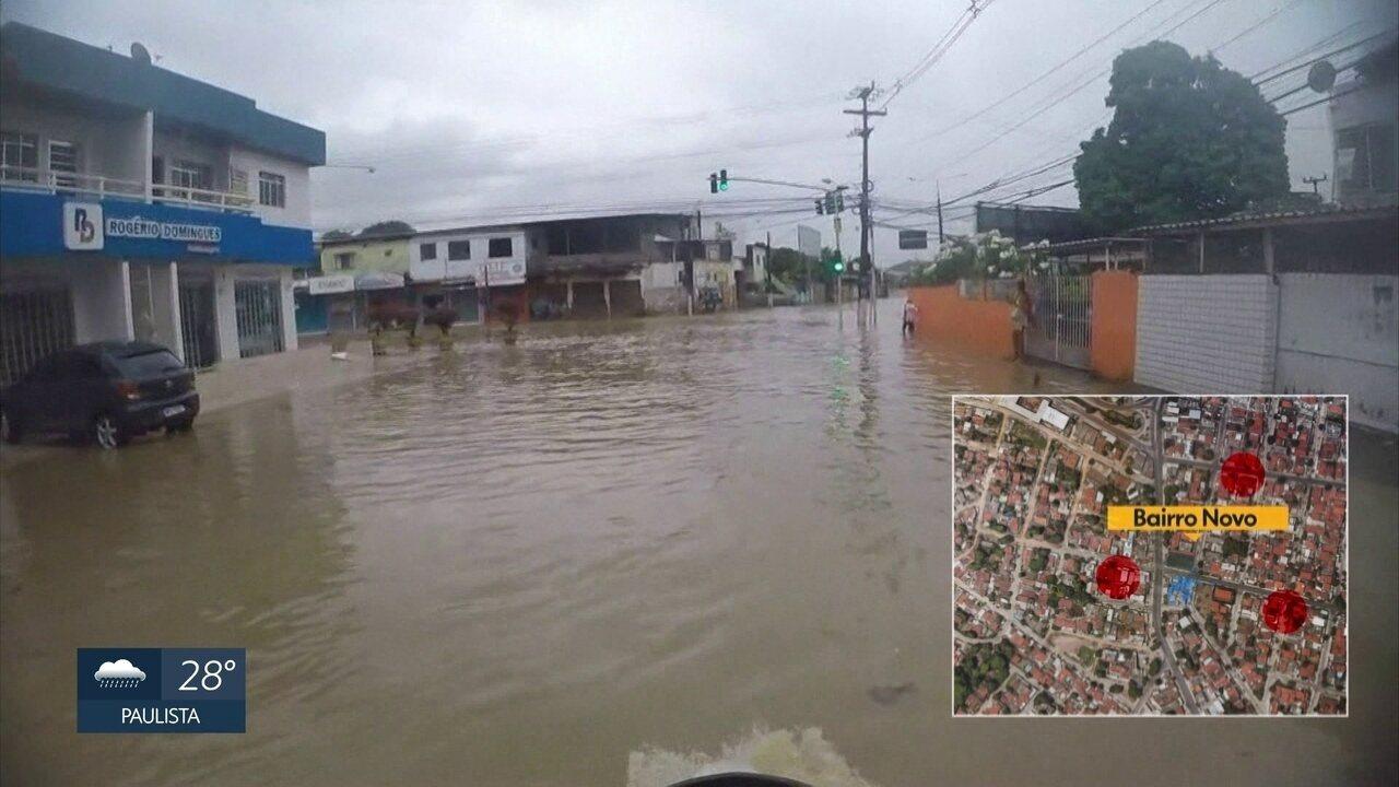 Em Olinda, moradores registram alagamentos em vários bairros