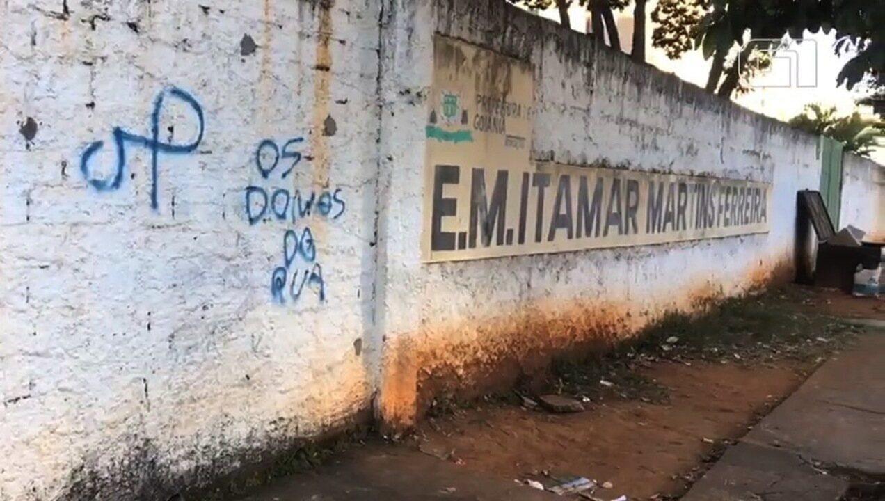 Escolas amanhecem fechadas por causa de paralisaçao, em Goiânia