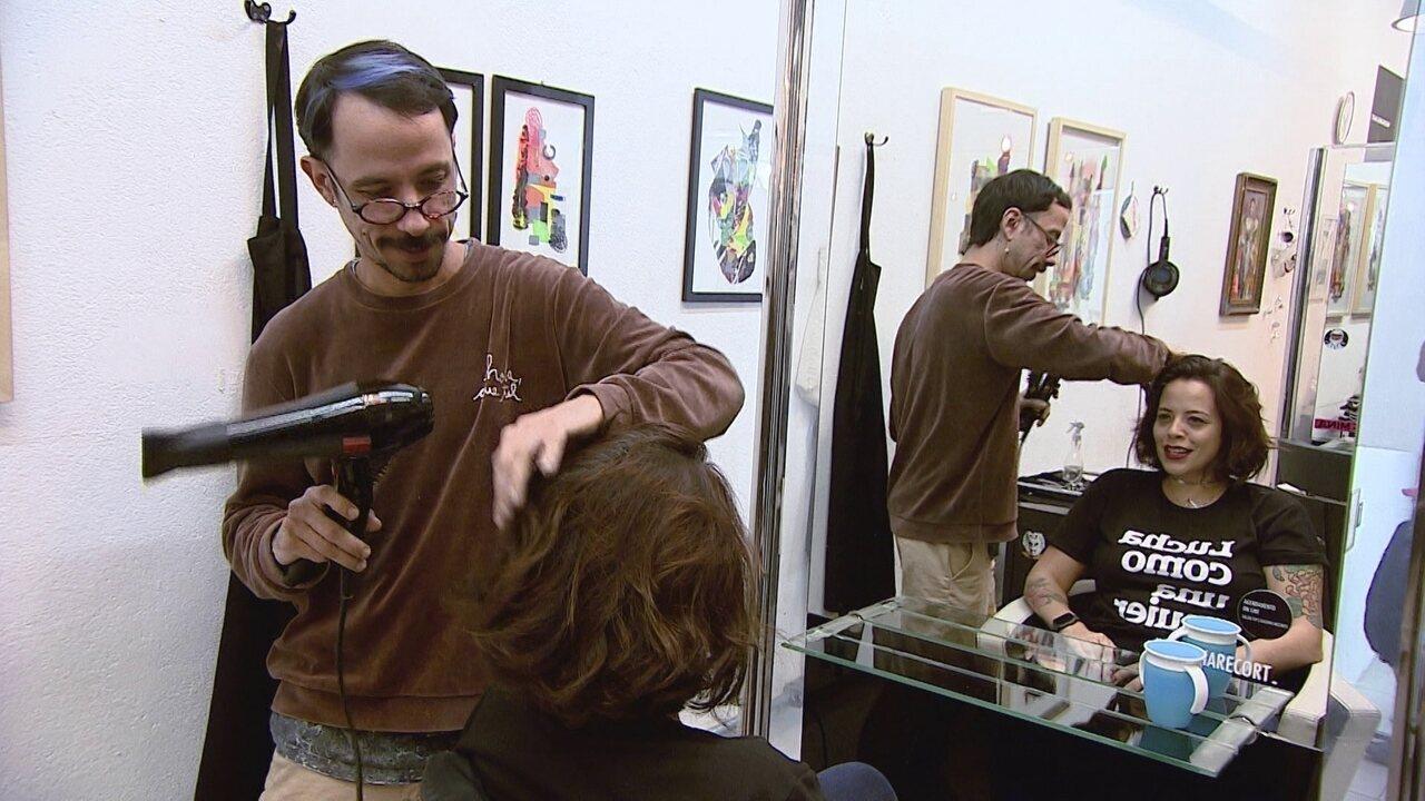 Espaço multiuso em SP une galeria de arte, salão de beleza, barbearia e café