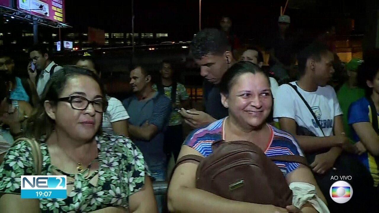 Após um dia de protestos, moradores relatam problemas para voltar para casa