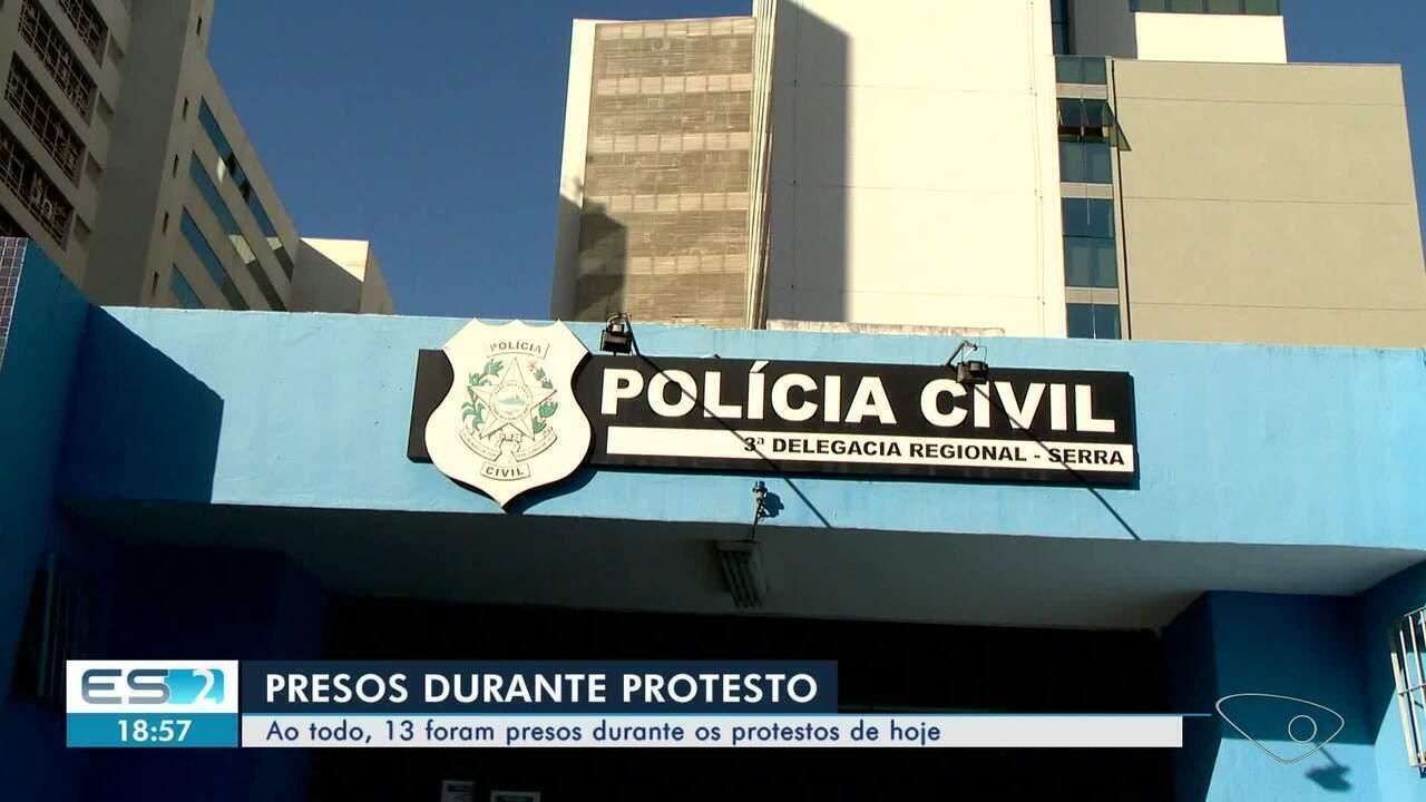Manifestantes presos durante protesto na Serra, ES, são liberados