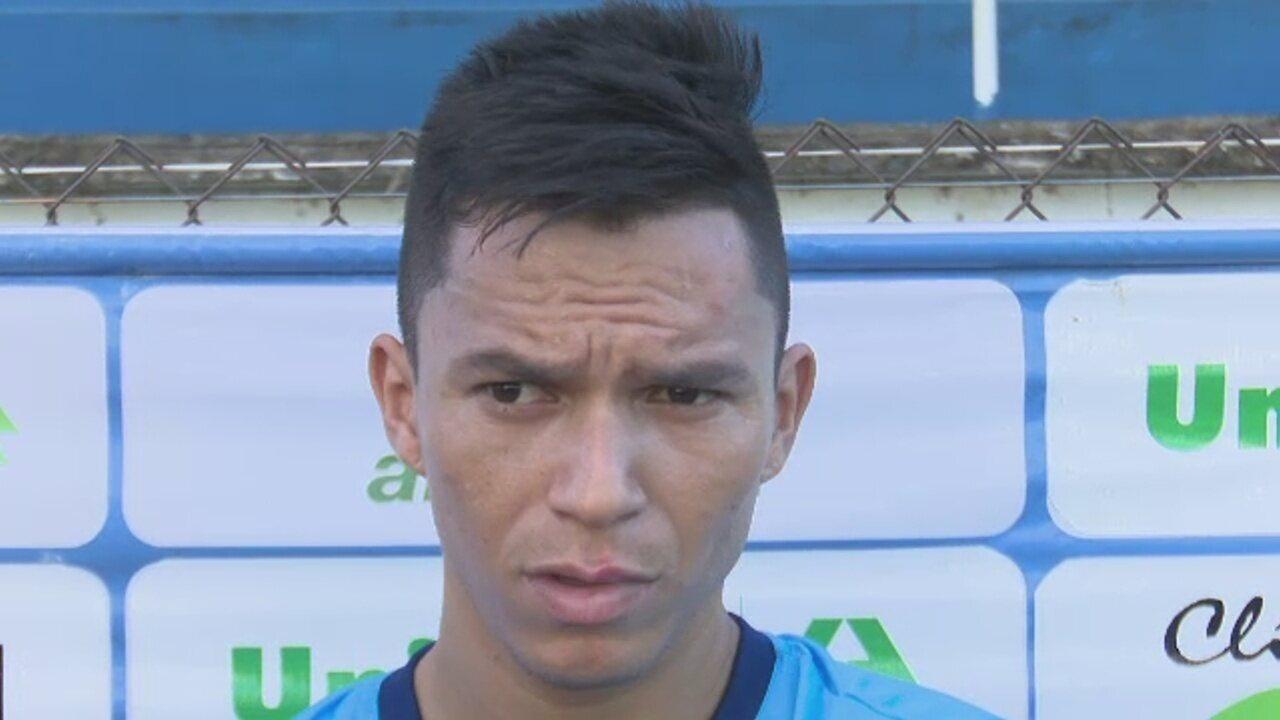 Vinculado ao rival deste domingo, Polaco quer vitória com Atlético-AC para subir na tabela