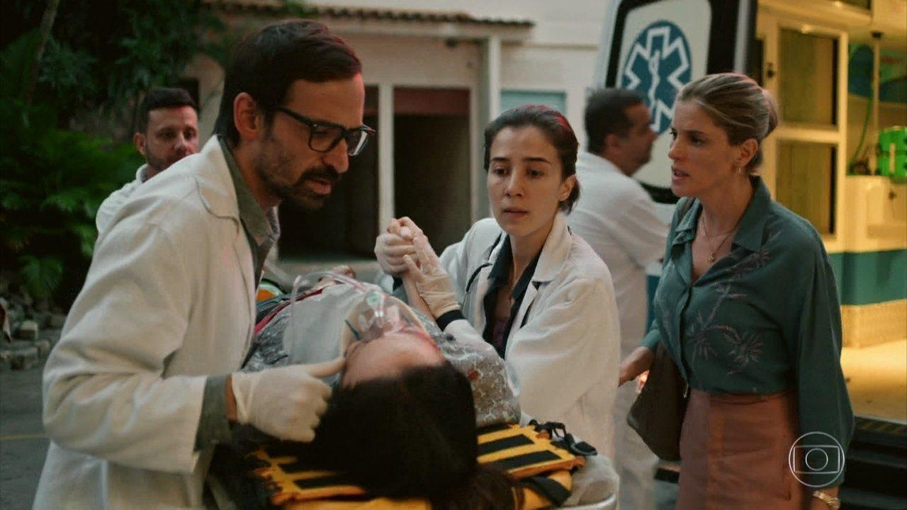 Sob Pressão | Evandro e Carolina atendem professora agredida por ...