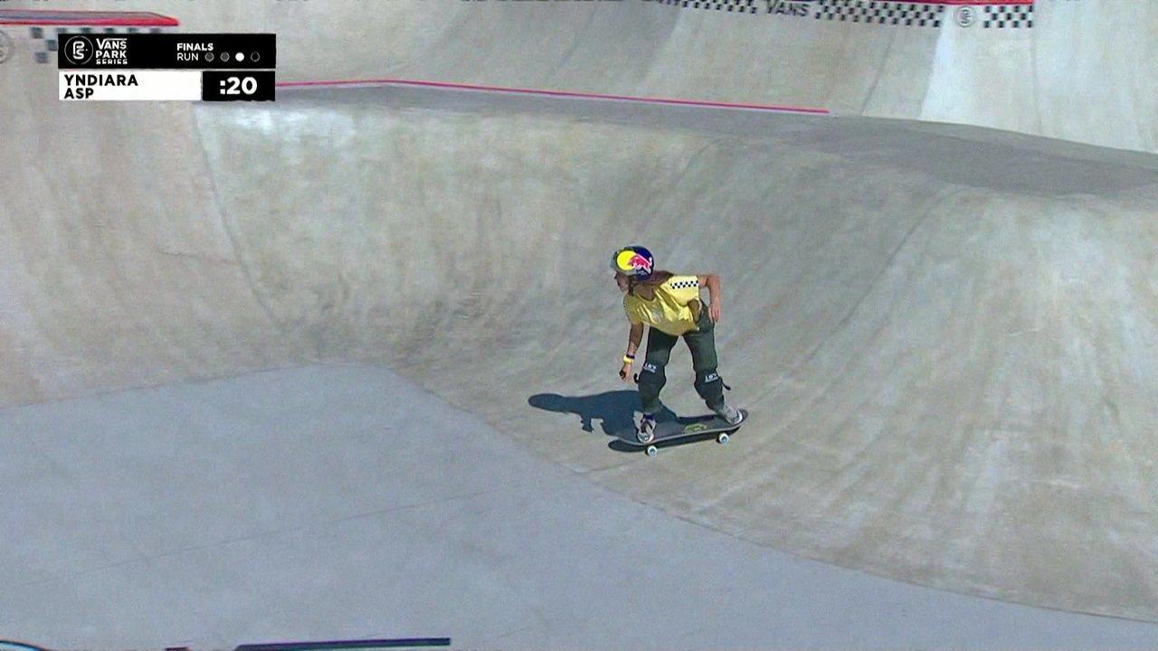 Yndiara Asp tira 88,90 e assume a liderança no Circuito Internacional de Skate Park