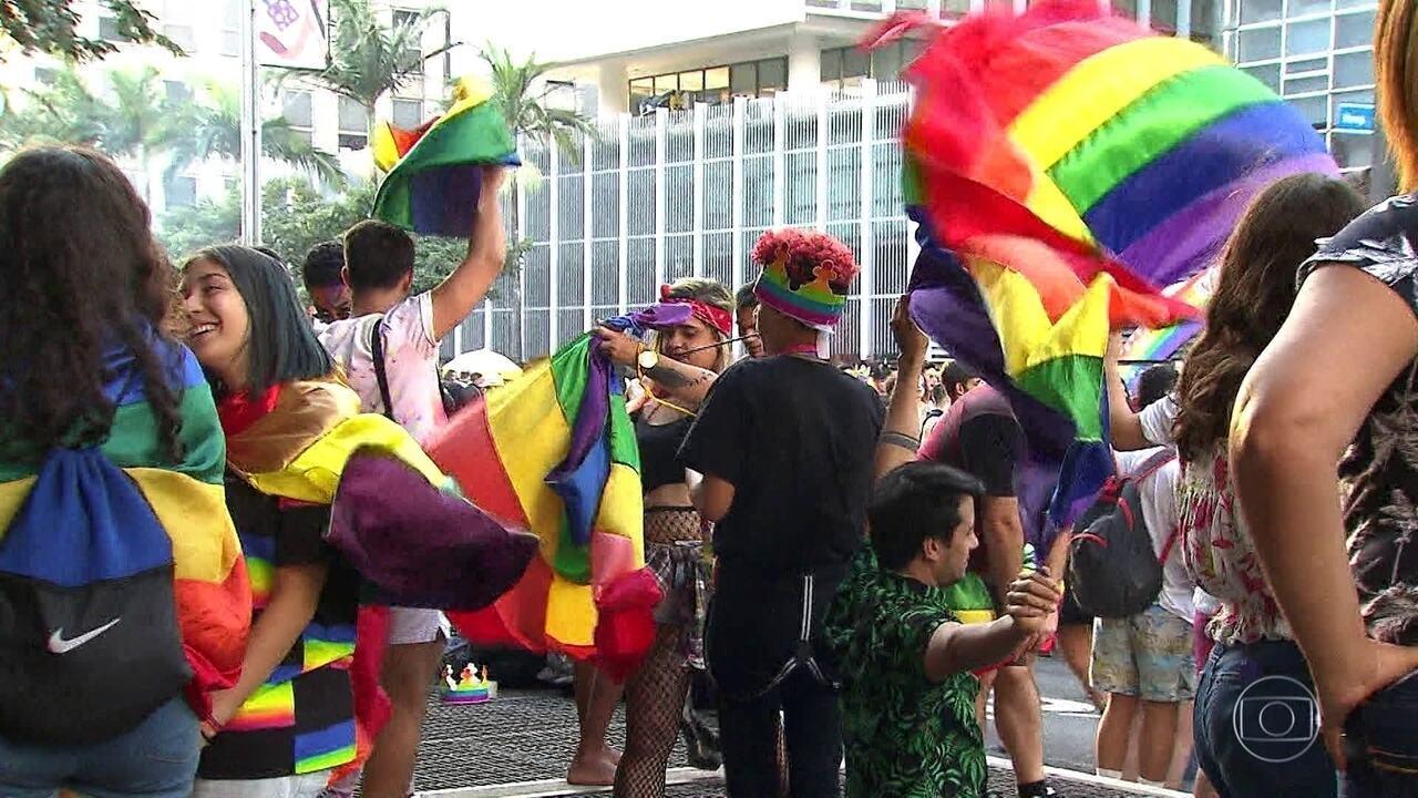 Parada do Orgulho LGBT+ reúne 3 milhões de pessoas em São Paulo