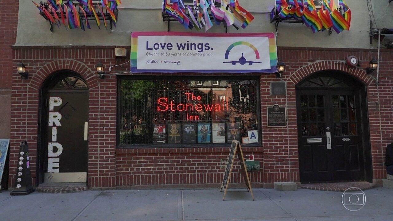 Revolta de Stonewall completa 50 anos e é considerada marco do movimento LGBT