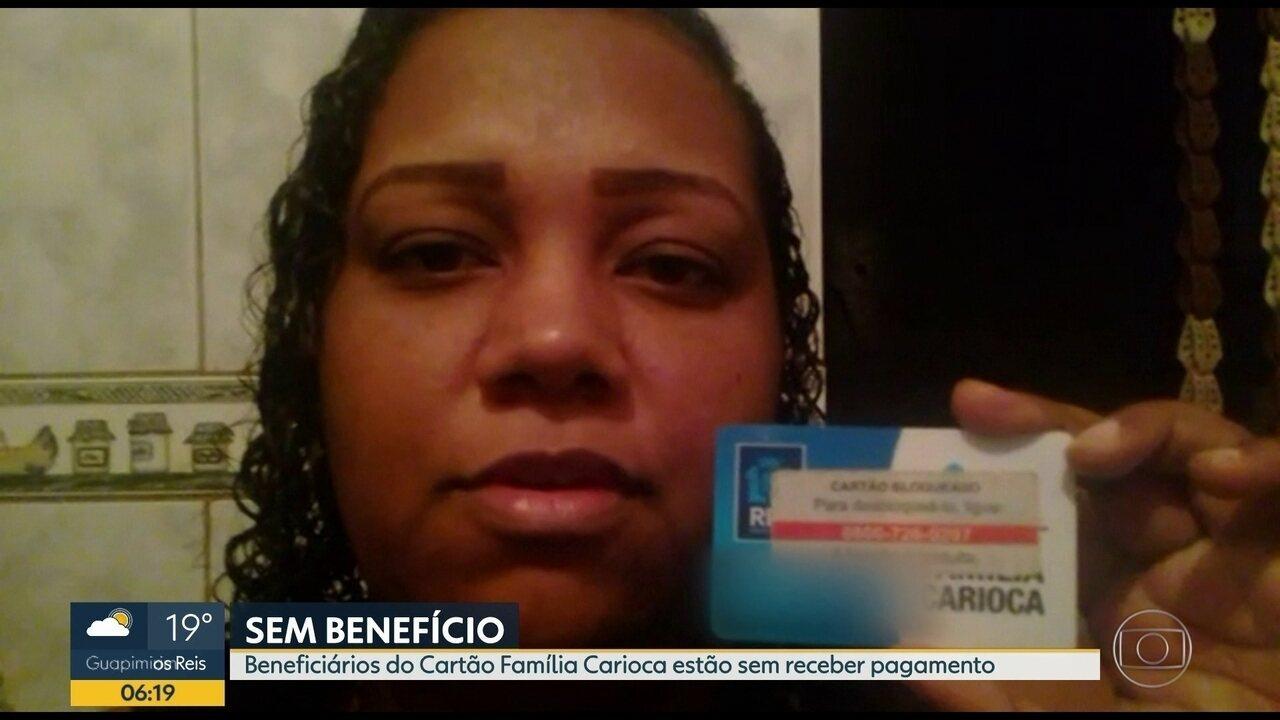 Beneficiários reclamam de atrasos no pagamento do Cartão Família Carioca