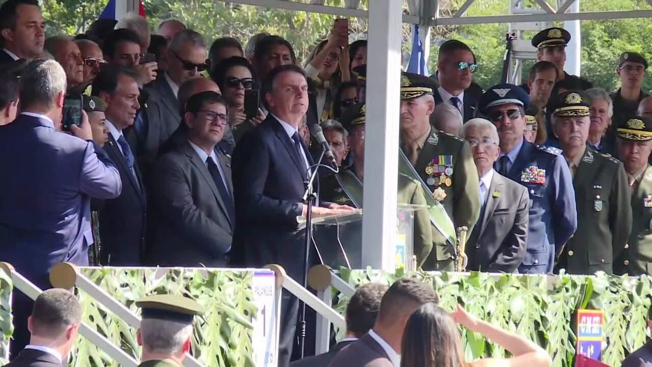 Bolsonaro diz que reforma da Previdência atenderá a todos e 'sacrifício terá de ser dividi
