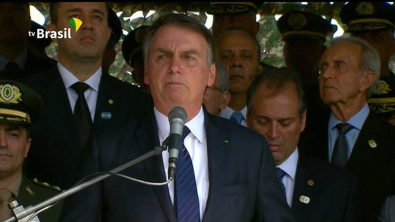 Batalha da Previdência: Bolsonaro negocia pessoalmente idade mínima de policiais
