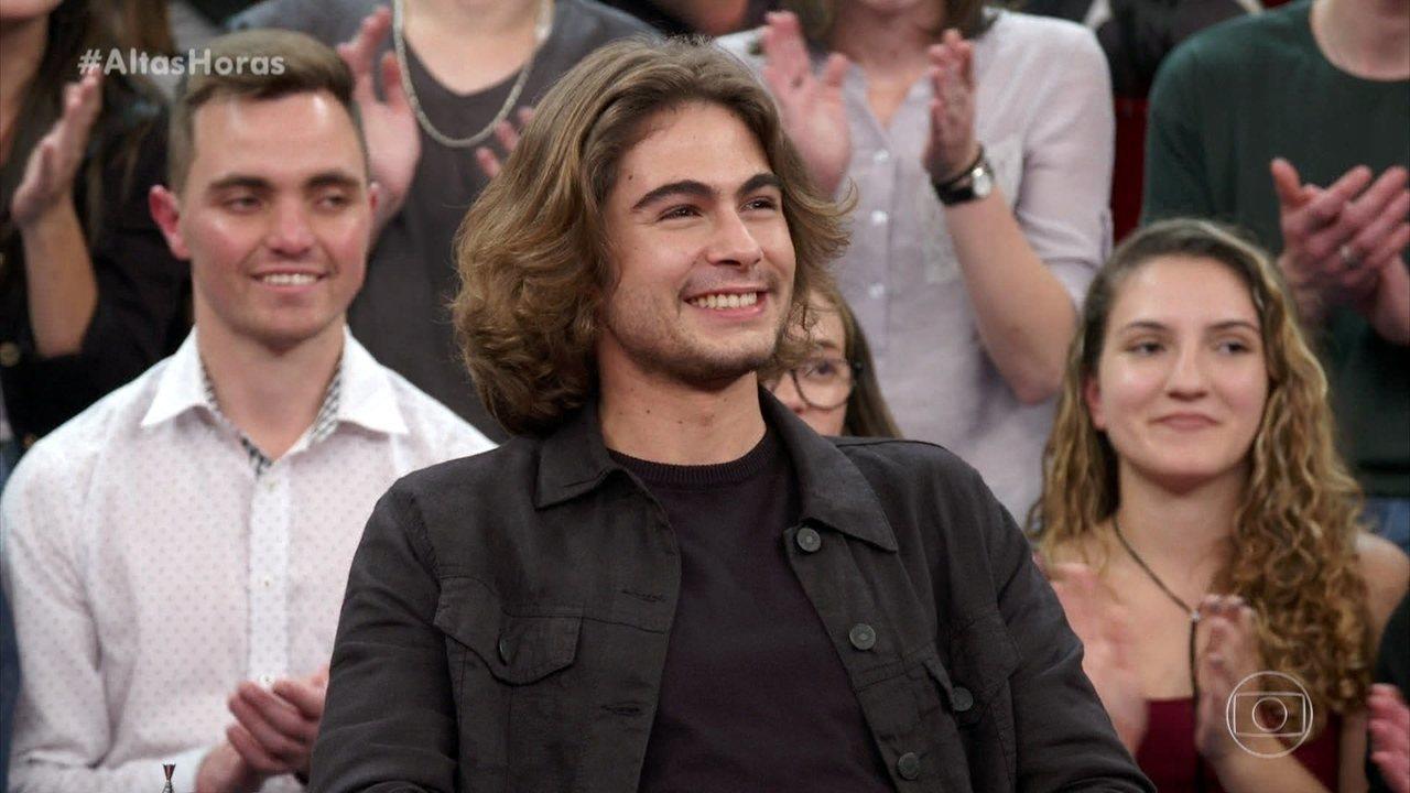 O ator diz que está cada vez mais parecido com o pai, João Vitti