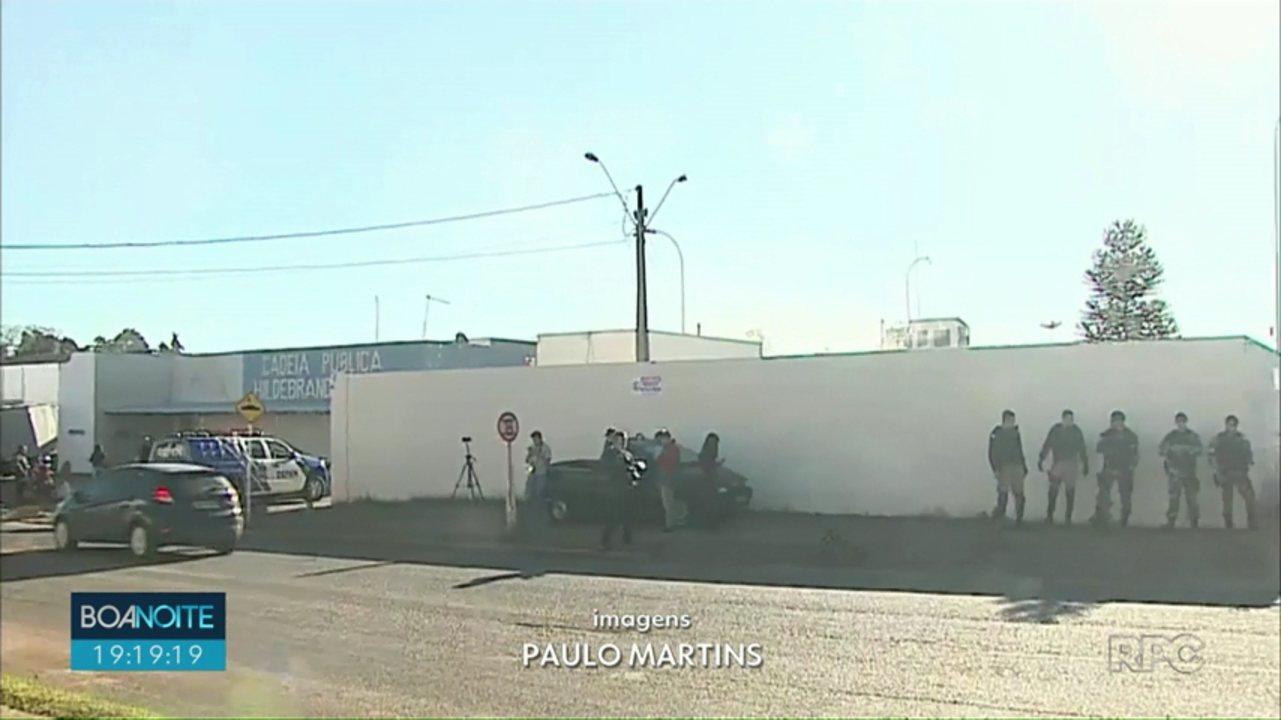 Incêndio atinge galeria na Hildebrando de Souza em Ponta Grossa