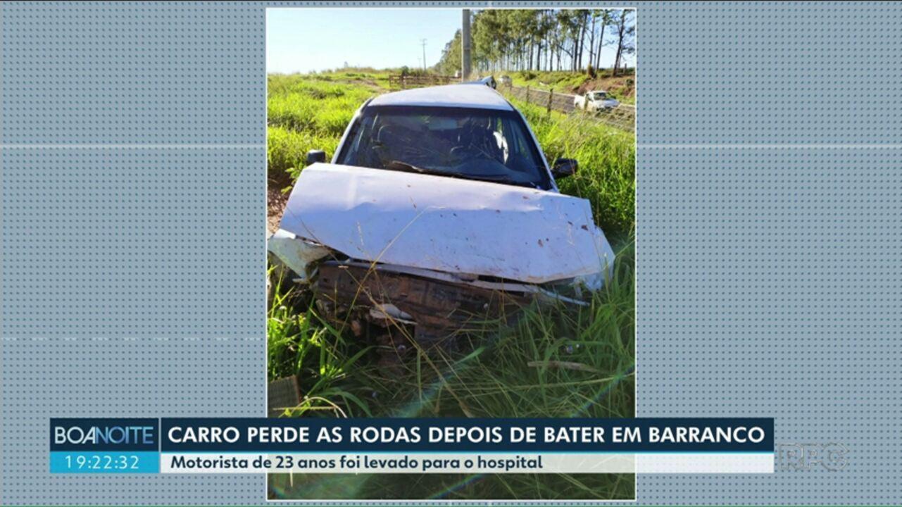 Carro perde as rodas depois de bater em barranco entre Ivaté e Douradina