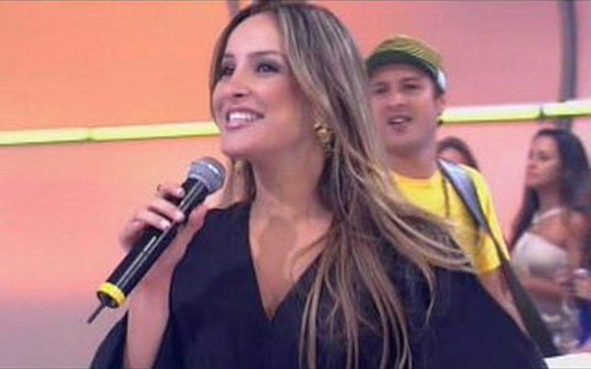 Ainda vocalista do Babado Novo, Claudia Leitte em uma de suas primeiras participações no 'Caldeirão'