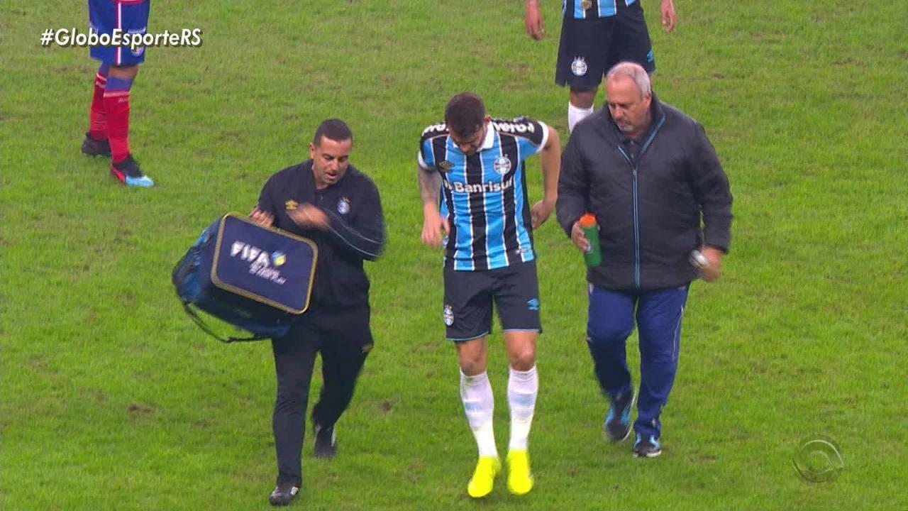Felipe Vizeu sofre lesão em campo e deve passar por exames