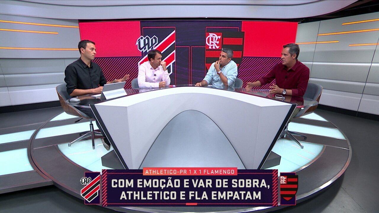 Comentaristas analisam substituições feitas por Jorge Jesus contra o Athletico-PR
