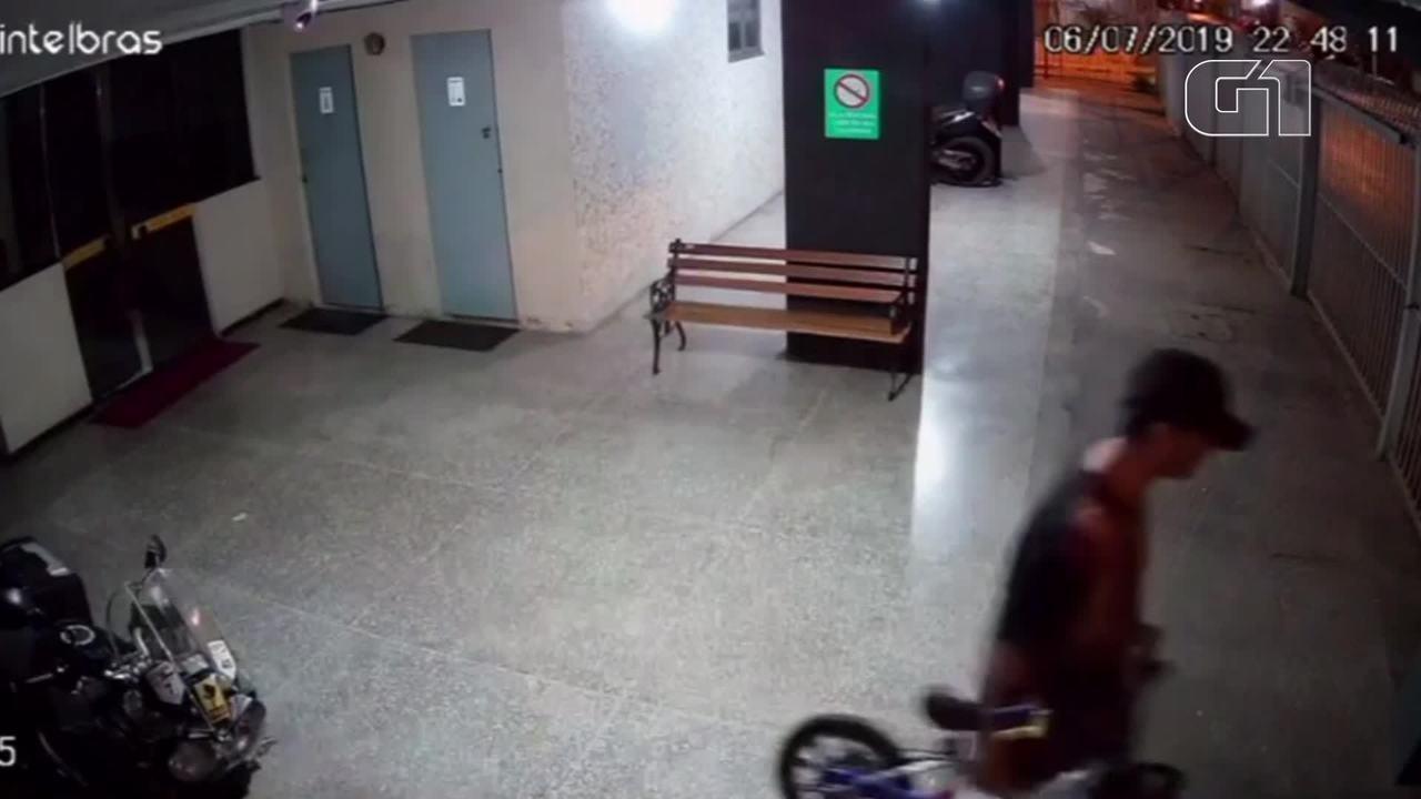Assaltante invade prédio e leva bicicleta infantil no DF