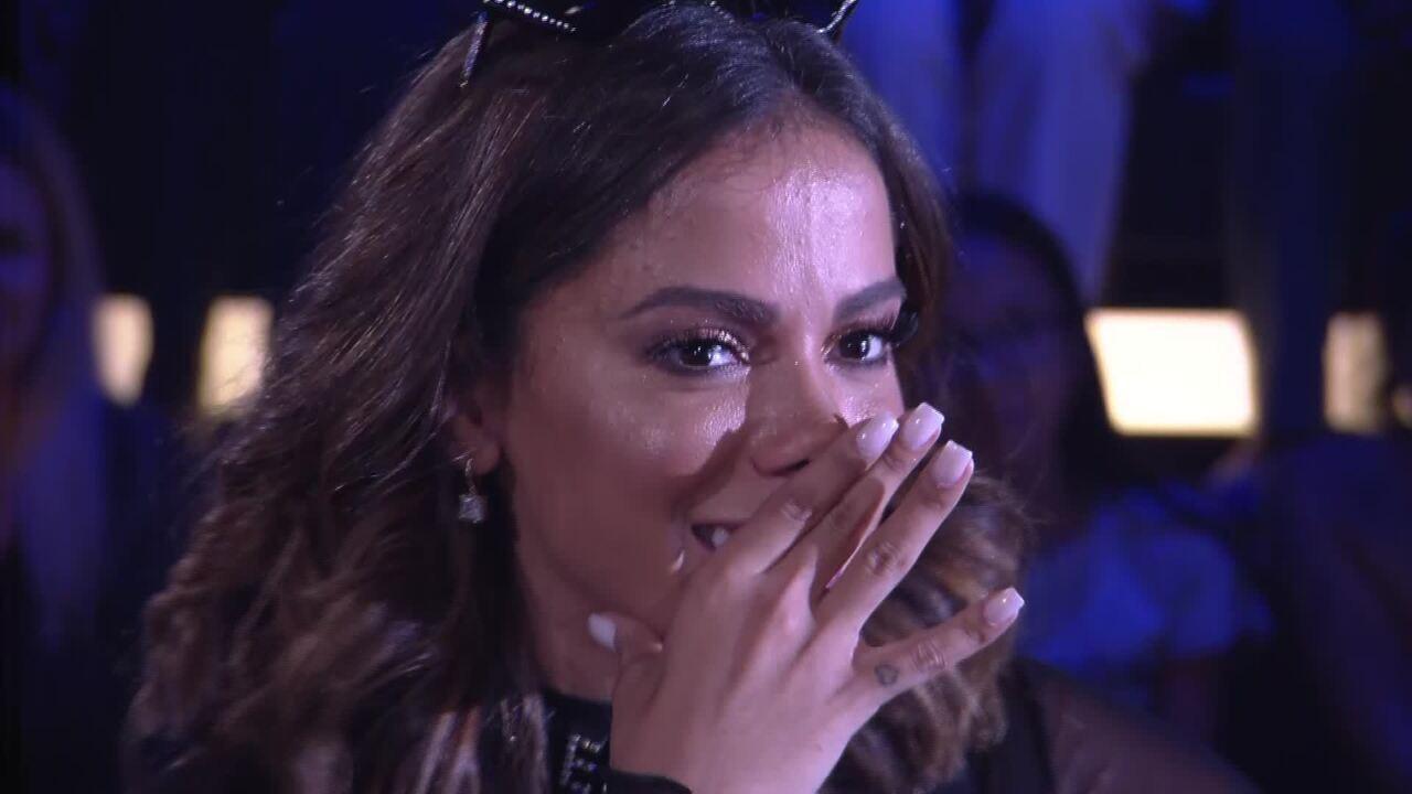 Anitta se emociona na expectativa do quadro 'Visitando o Passado'