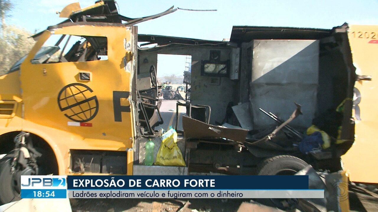 Bandidos explodem carro-forte perto da cidade de Jericó, no Sertão da PB