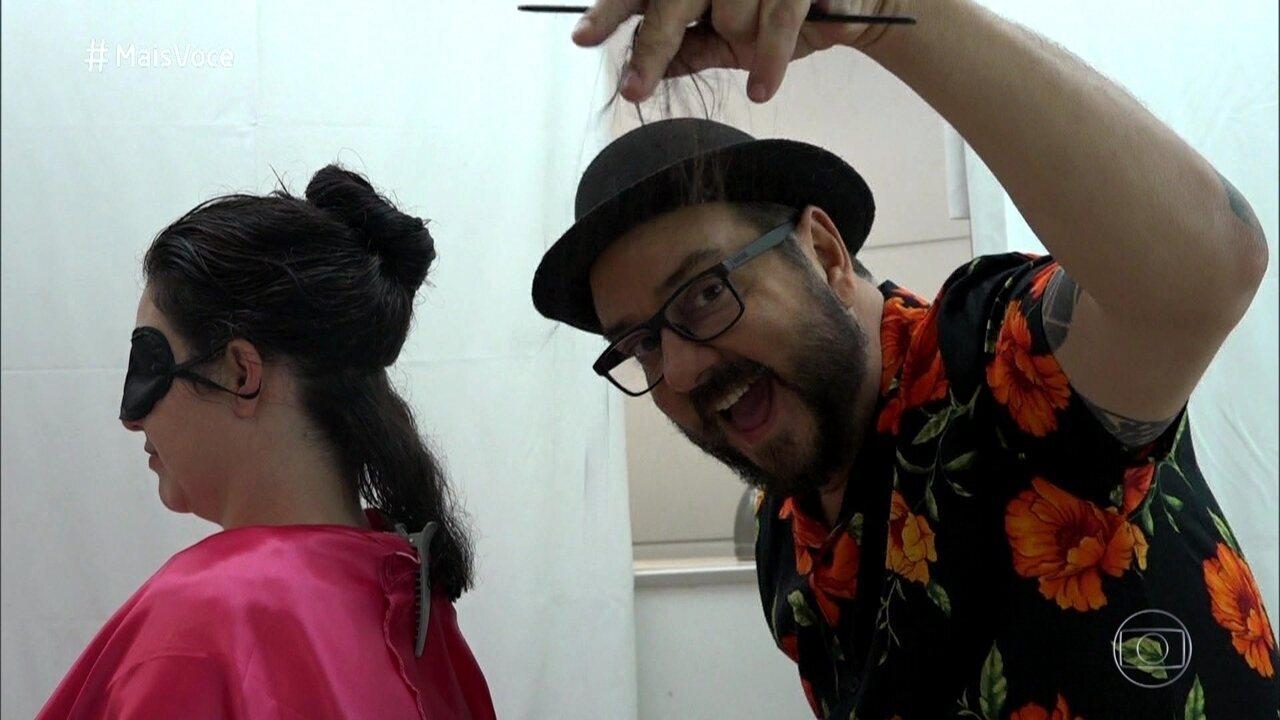 Beto Carramanhos transforma o cabelo de Roberta